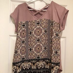 Pink mixed material float top. NWT